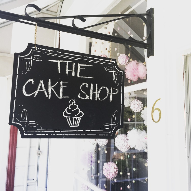 cake+shop+chalk+sign.jpeg