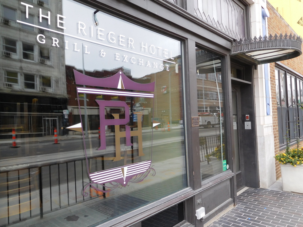 The Rieger Hotel Grill & Exchange