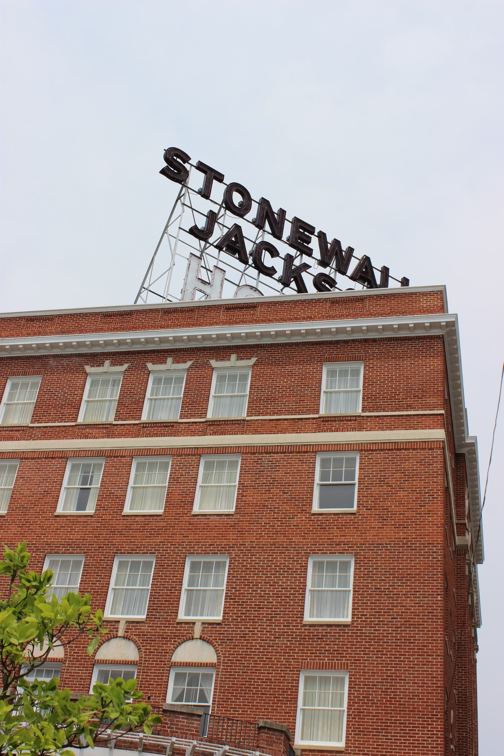 A view of the Stonewall Jackson Hotel.jpg