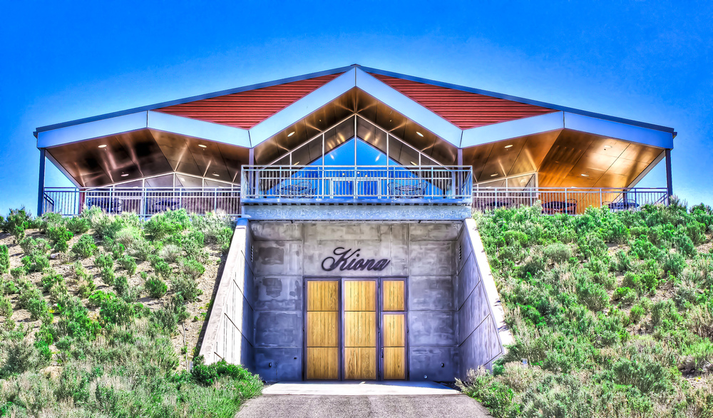Kiona Vineyards and Winery Exterior | Photo Credit: Kiona Vineyards and Winery