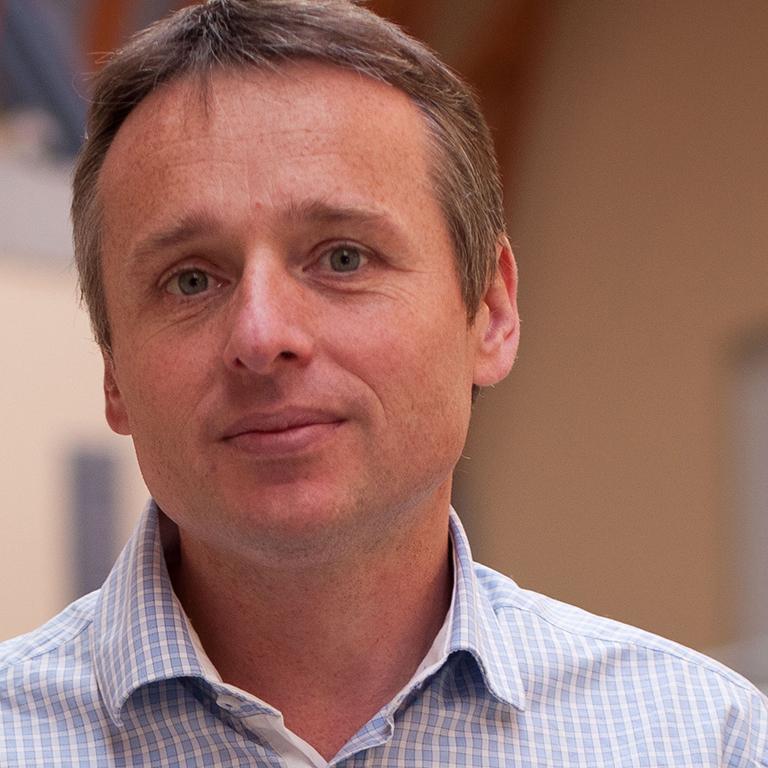 Lazlo Meszaros – Disznókő Director