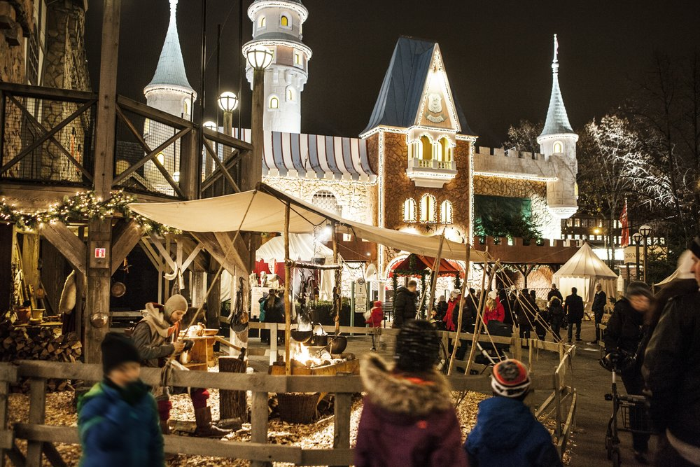 Christmas at Liseberg Amusement Park | Photo Credit: Sagoslottet/Göteborg & Co.