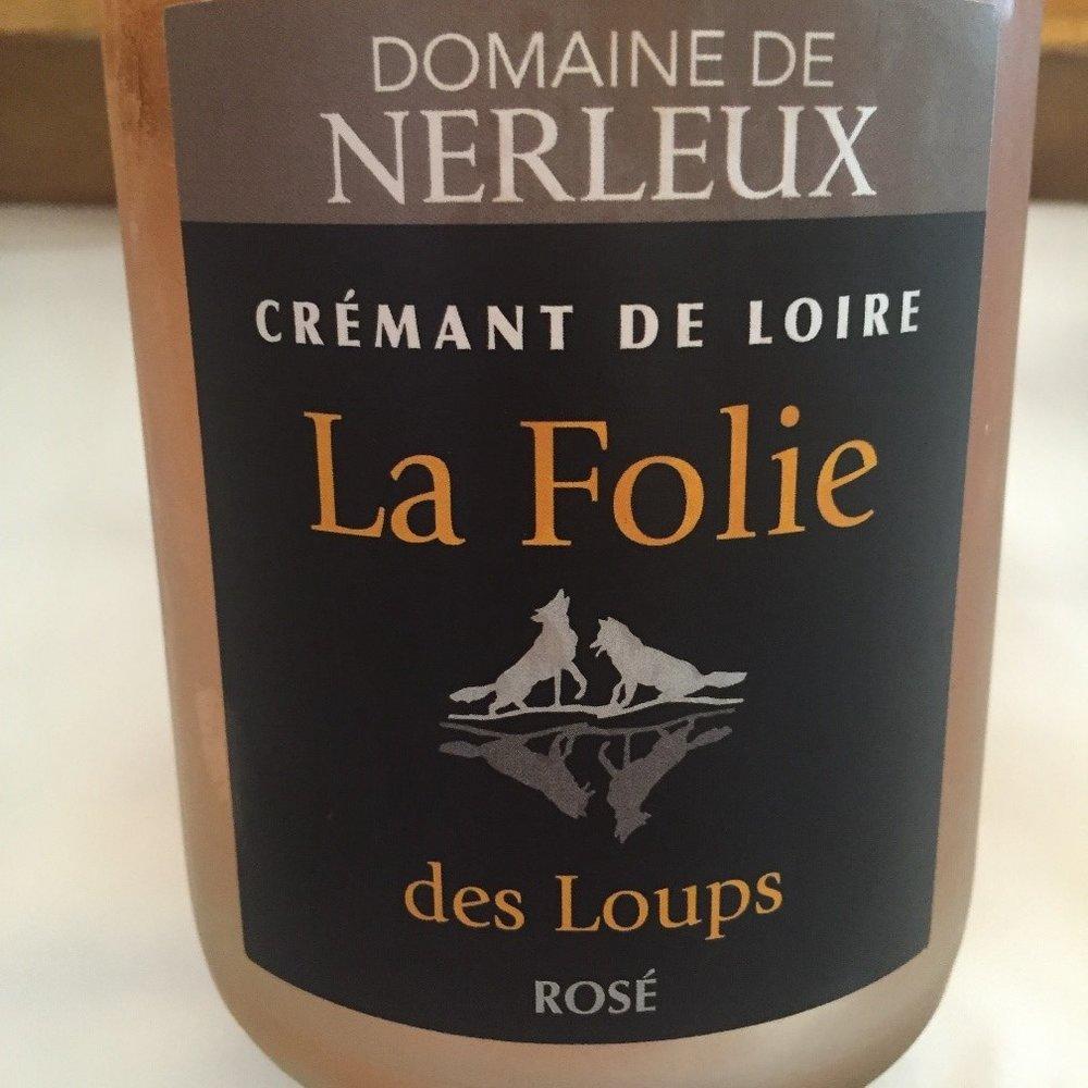 Domaine de Nerleux La Folie des Loups Rose, Cremant de Loire, France.jpg
