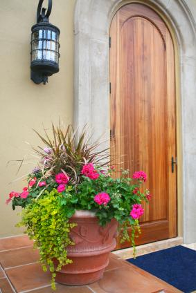 Doorway_Flower_Pot.jpg
