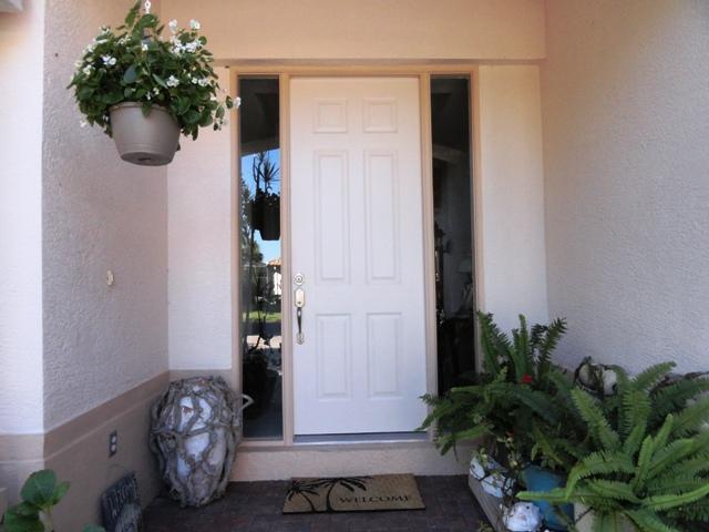 Photo of beige door before makeover
