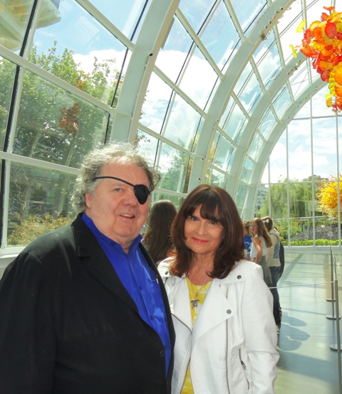 Photo of Dale Chihuly and Wrenda Goodwyn at Chihuly Art and Glass in Seattle