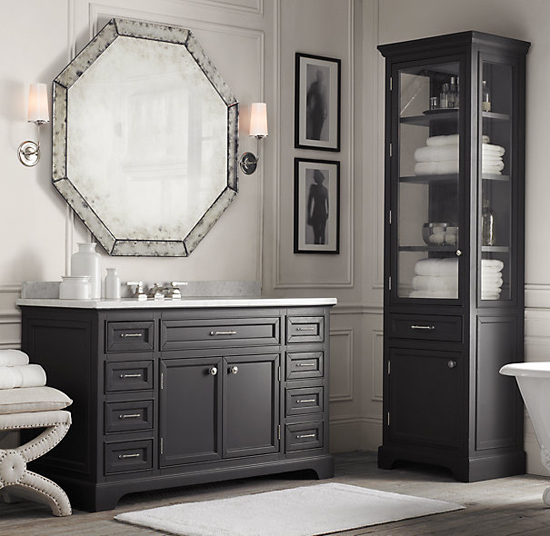 Antiqued mirror from Restoration Hardware with a vintage look is handfitted from multiple pieces of beveled, mitered and joined glass. Photo: Restoration Hardware.