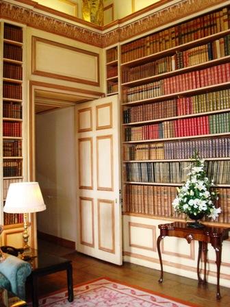 Leeds Castle library (2).JPG