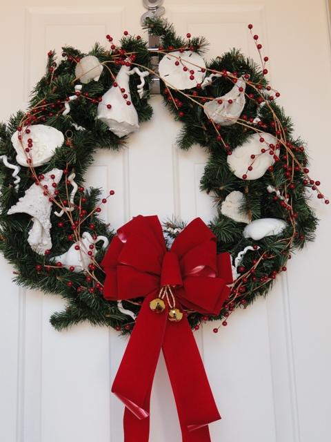 Red_shell_wreath.JPG