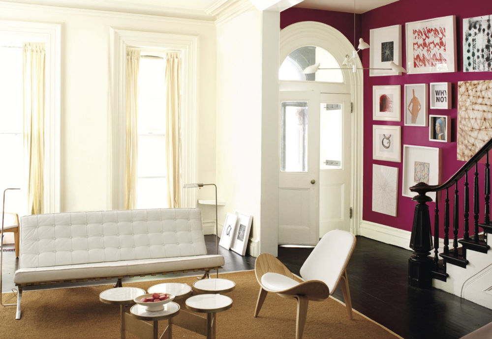 Add drama to a white room with a wall done in Mascarpone AF-20, eggshell finish. Entry is in Royal Flush 2076-20 in eggshell finish. Trim (semi gloss) and door (satin finish) in Ballet White OC-9. Photo: Benjamin Moore.