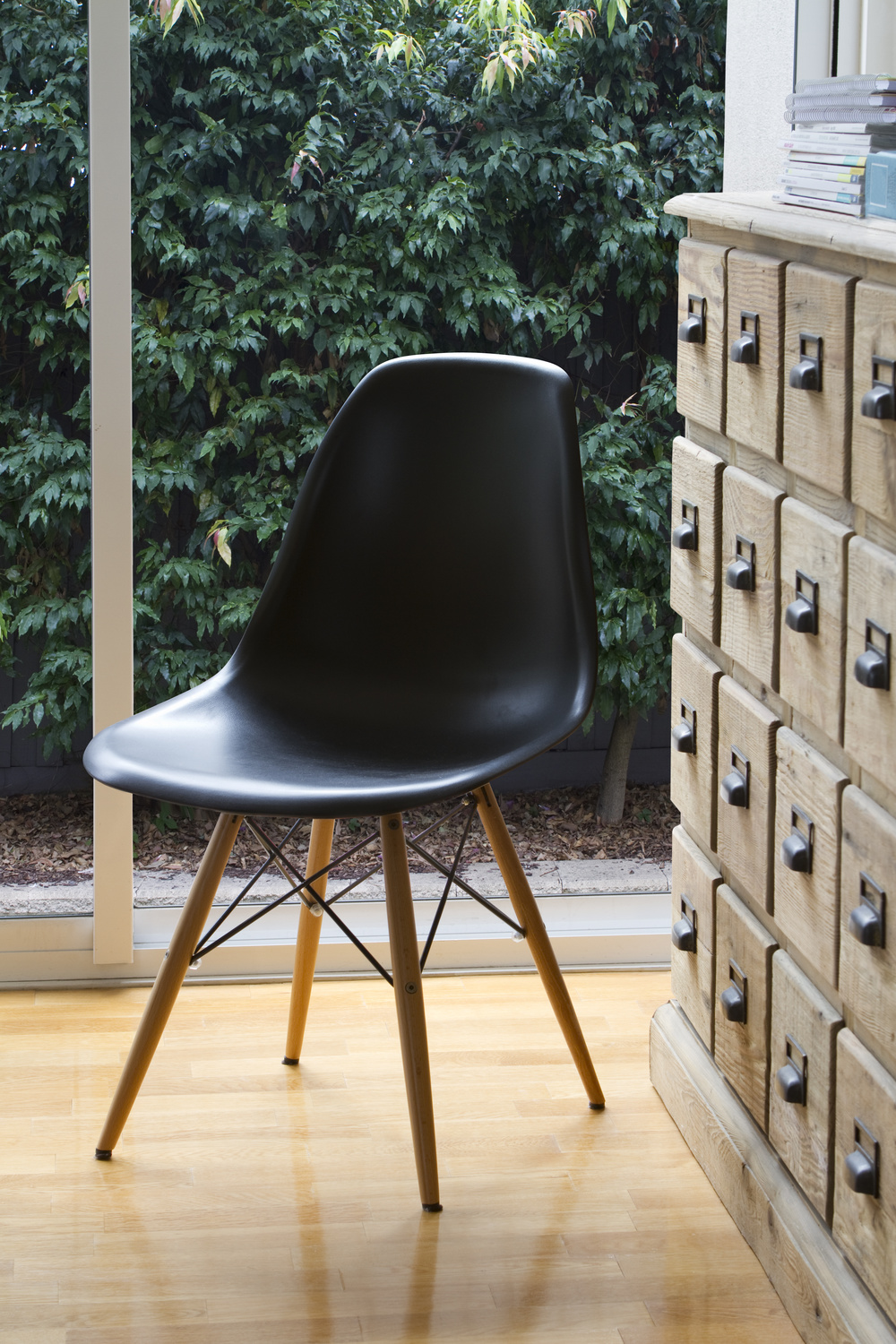 black-chair-and-vintage-files.jpg