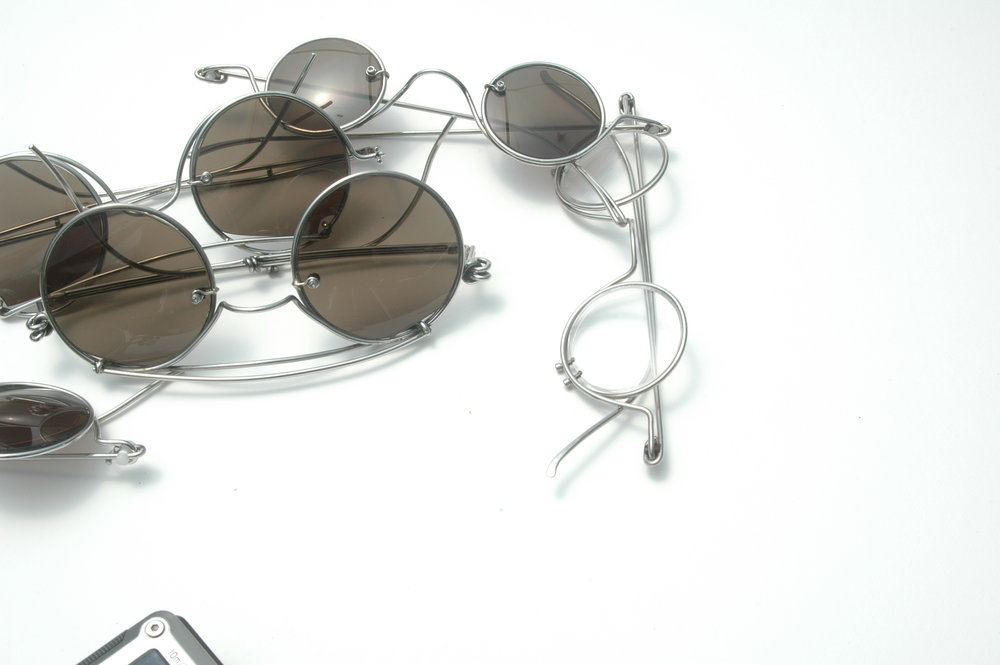 Making a Spectacle! - I'll be teaching a one day workshop Sunday, May 27, 2018 at the Oregon College of Art and Craft on the design and making of eyewear by jewelers. Not connected with, but timed to happen right at the end of the Society of North American Goldsmith's Portland conference May 23-26, it'll be a fast paced day of thinking about all that goes into this most exquisite of designed objects, and how a low tech jeweler might consider making them.