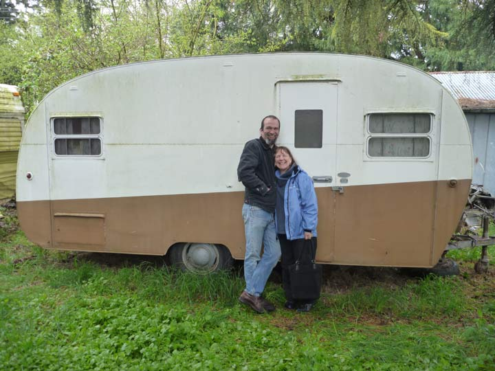 Restoring a 1952 Boles Aero Mira Mar - We got this trailer in 2011, took a trip to Montana, then a few weekend trips, but have wanted to restore it since then. Now we've got a goal, to head to our niece Anne and her sweetie Eric's wedding. Tales of the restoration are here, on our blog, debandfredstrailer@blogspot.com.
