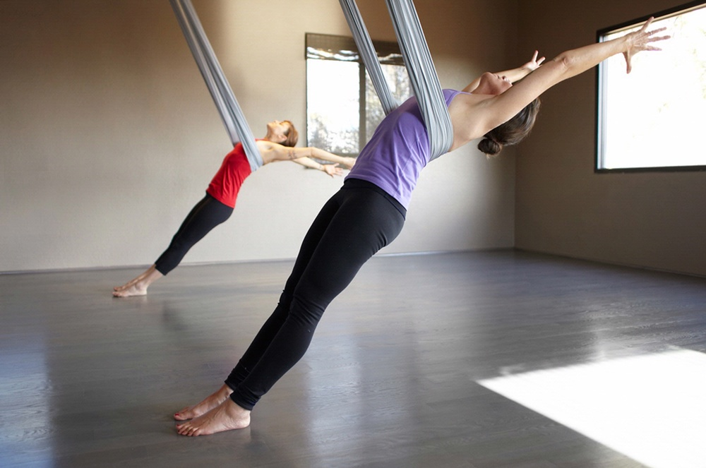 yogamiraval.jpg