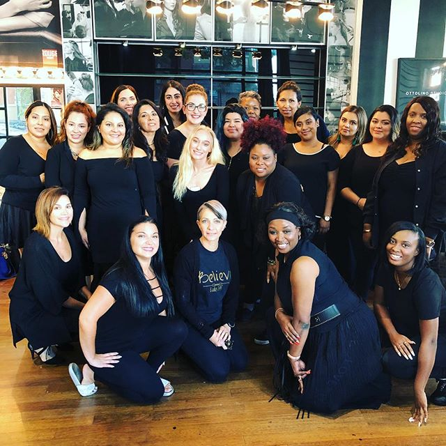 What an amazing class we had this past sunday! Cannot wait to see all the careers develop with this group of #glamlabwarriors. Congrats all! #makeup #makeupartist #promakeupartist #mua #promua #makeupclass #makeupschool #makeupeducation #makeupteacher #freelance #hustle #happy #blessed #worklife #glamlab