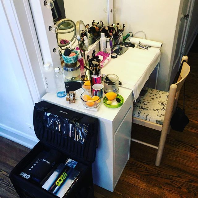 The little corner of my home studio is ready to greet a bride-to-be for her trial! Still have a few dates in July, August and September available for weddings. Book now before they get taken! #makeup #weddingmakeup #bridalmakeup #makeupartist #weddingmakeupartist #bridalmakeupartist #wedding #bride #bridal #chicago #chicagowedding #chicagobride #freelance #hustle #workinghard #happy #inmykit