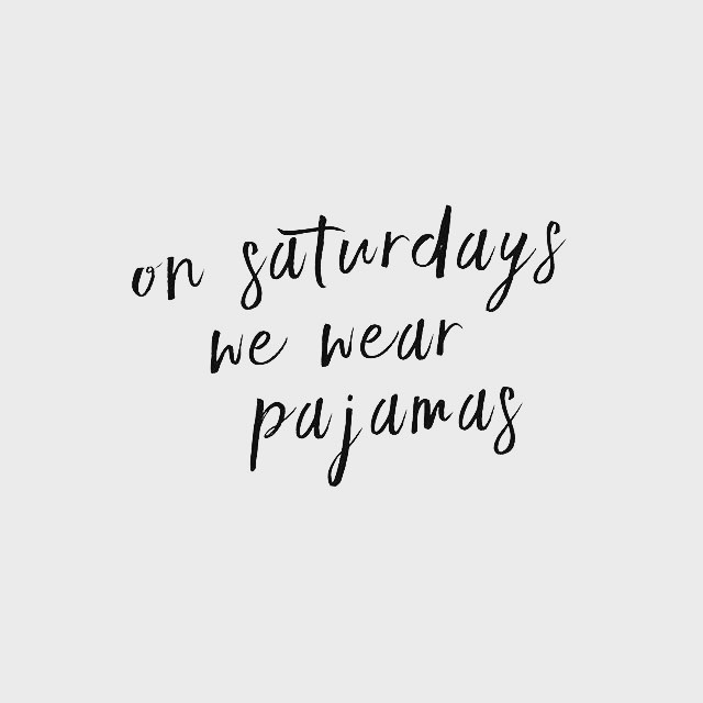 Sitting on the couch (in my robe), baby girl is napping, hubby is working, and so am I!  Not even upset about it! You know why?? Because I am emailing AMAZING future guests for @missesambitious and there are some epic episodes in our future!! - - - #Paleo #girlboss #momblogger #momprenuer #bumpdate #fitmommy #fitmoms #vegan #dairyfree #foodblogger #fitmom #motivation #fitpregnancy #paleodiet #veganfood #healthyeating #foodstagram #msfitfood #glutenfree #foodallergies #fitmiss #blogher #smallbusiness #bossgirlmagic #momtog #femaleentreprenuer #bossbabe #growingabossgirl #creativelifehappylife