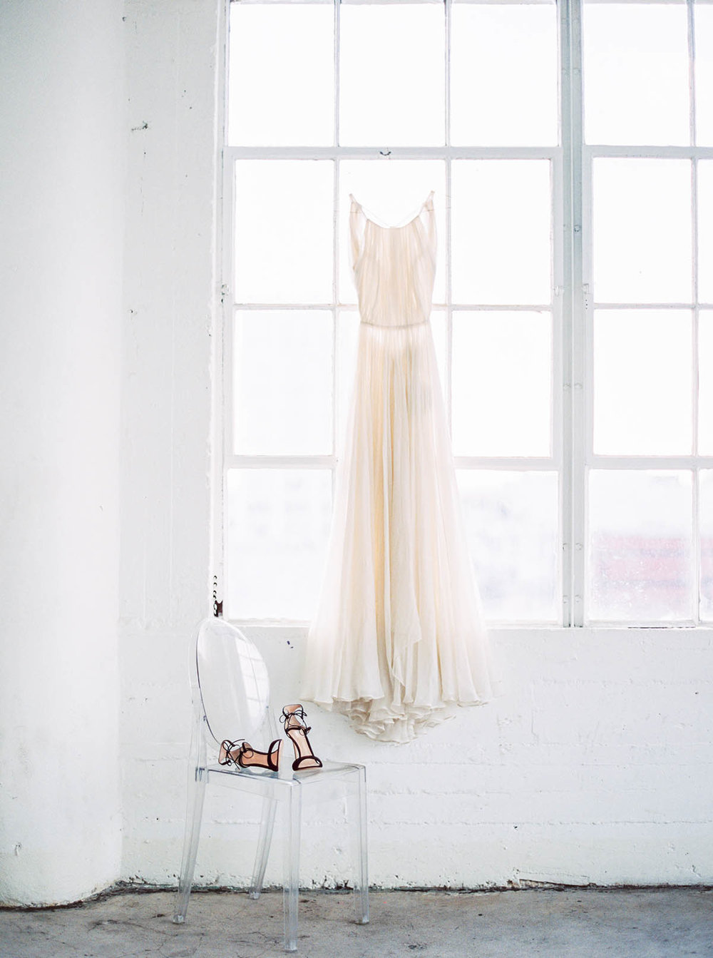 Sally Pinera Photography_DTLA Modern Minimalism Wedding Inspiration_-171.jpg