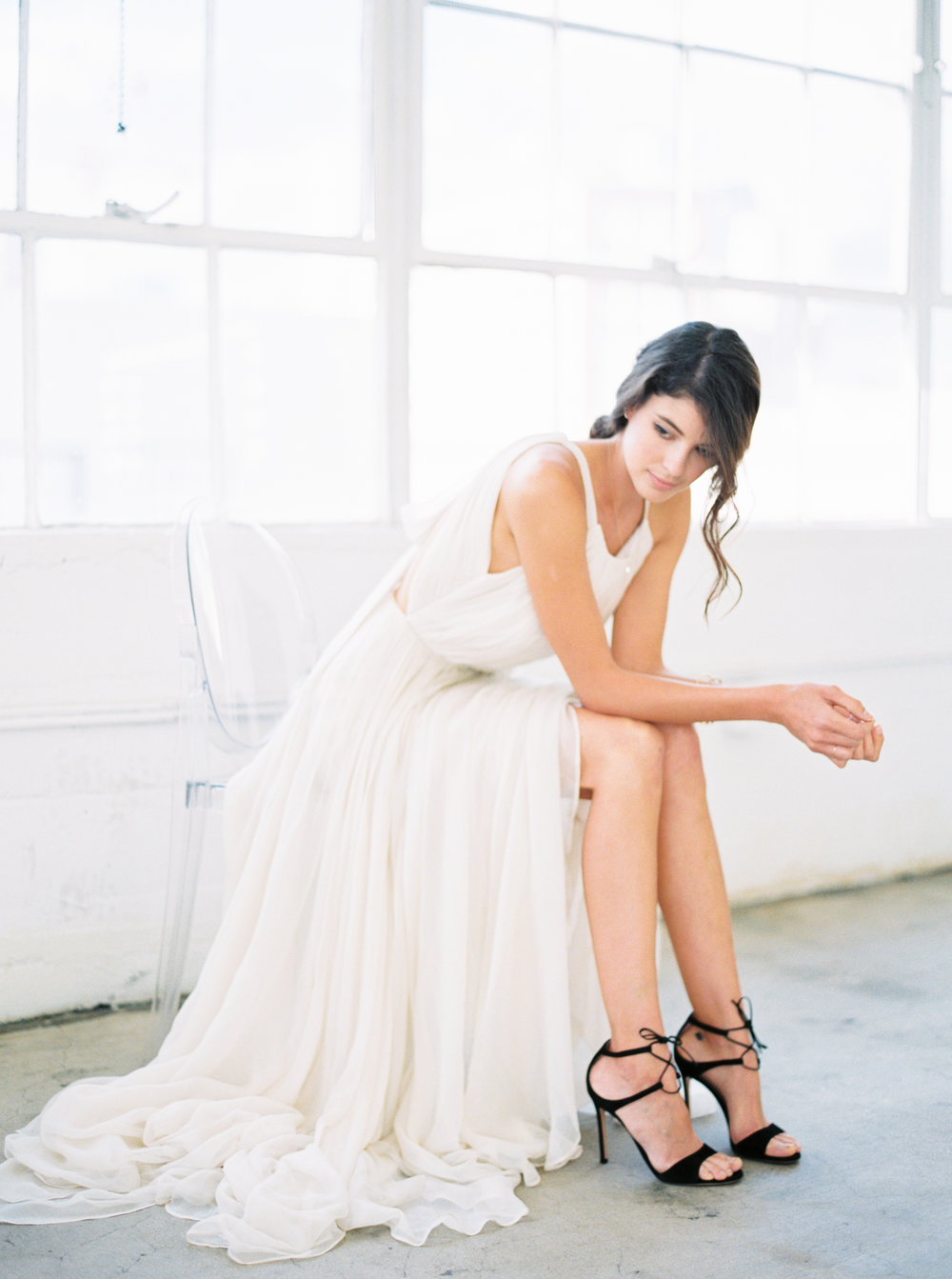 Sally Pinera Photography_DTLA Modern Minimalism Wedding Inspiration_-115.jpg