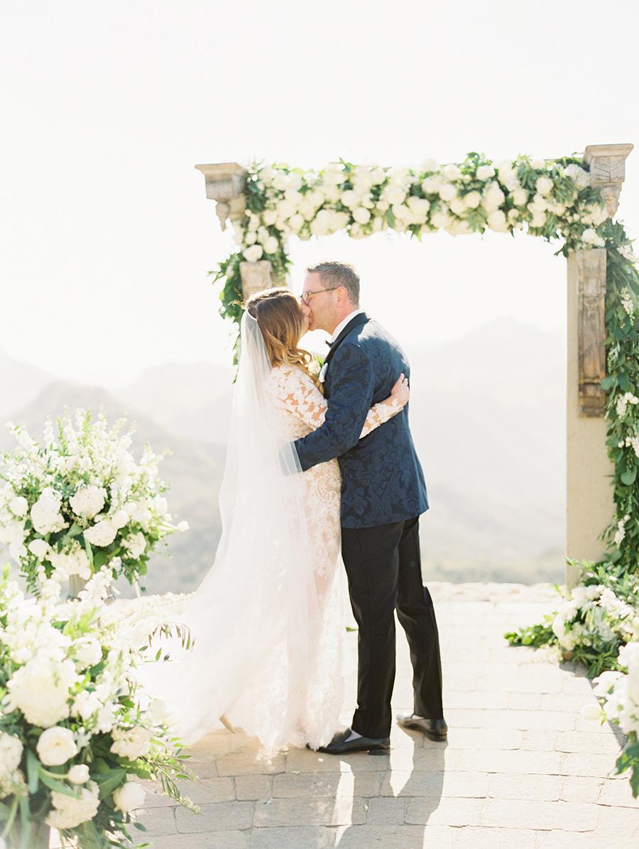 SALLY PINERA_MALIBU ROCKY OAKS WEDDING PHOTOGRAPHY_MALIBU_MARISSA AND PAUL-357.jpg