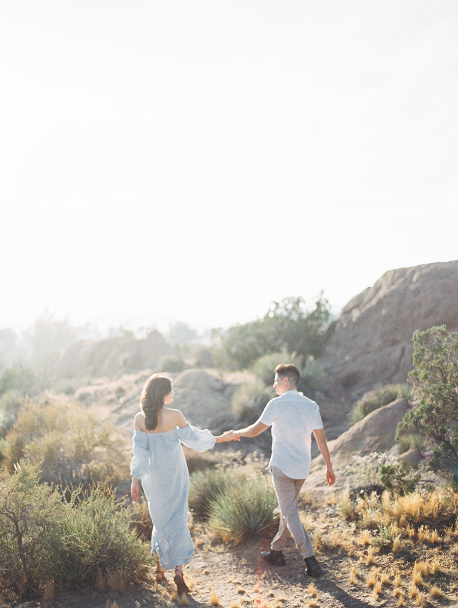SALLY PINERA_JOSHUA TREE DESERT ENGAGEMENT SESSION-29.jpg