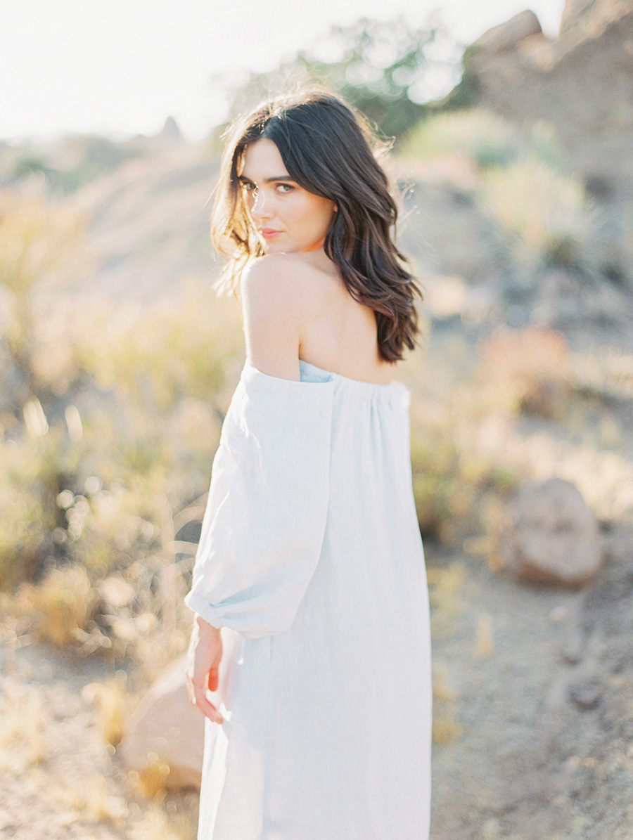 SALLY PINERA_JOSHUA TREE DESERT ENGAGEMENT SESSION-77.jpg
