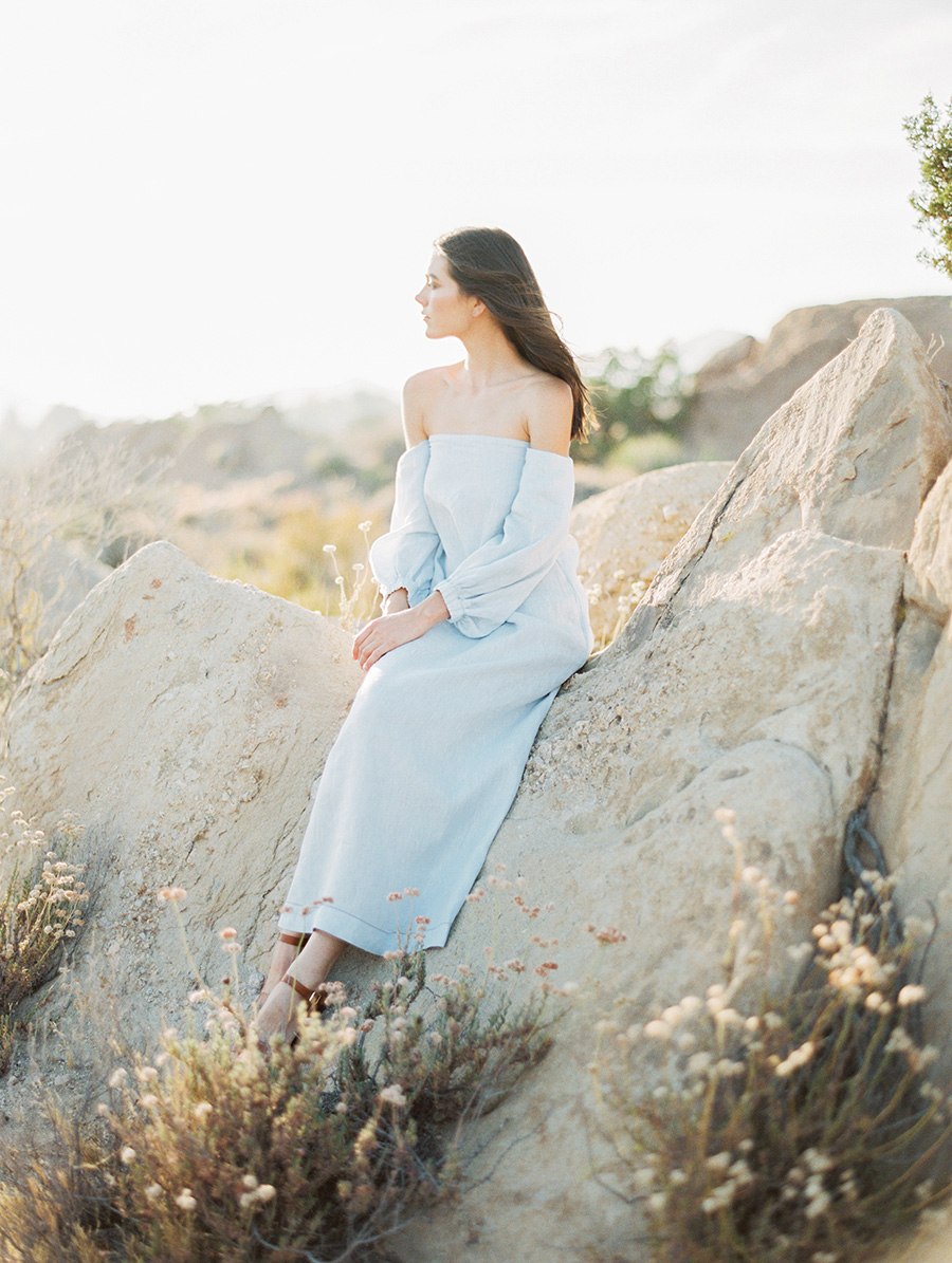 SALLY PINERA_JOSHUA TREE DESERT ENGAGEMENT SESSION-92.jpg