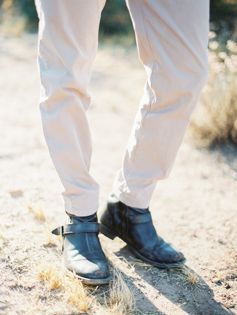 SALLY PINERA_JOSHUA TREE DESERT ENGAGEMENT SESSION-64.jpg