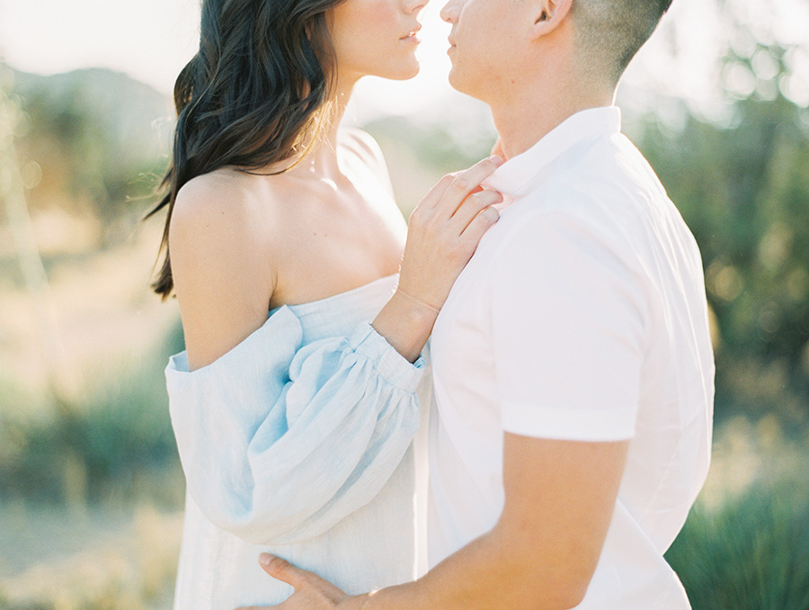 SALLY PINERA_JOSHUA TREE DESERT ENGAGEMENT SESSION-5.jpg