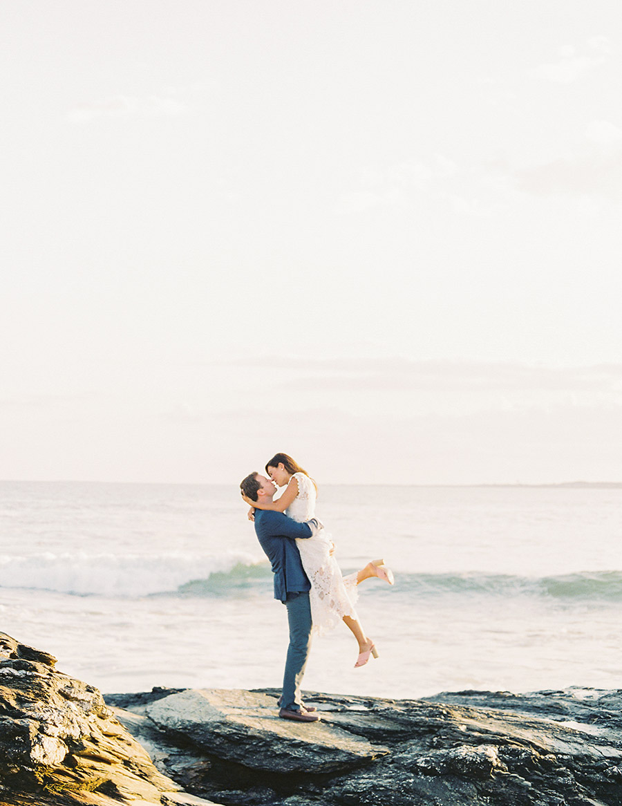 SALLY PINERA_SIERRA AND SCOTT_RHODE ISLAND_NEWPORT ENGAGEMENT SESSION-129.jpg