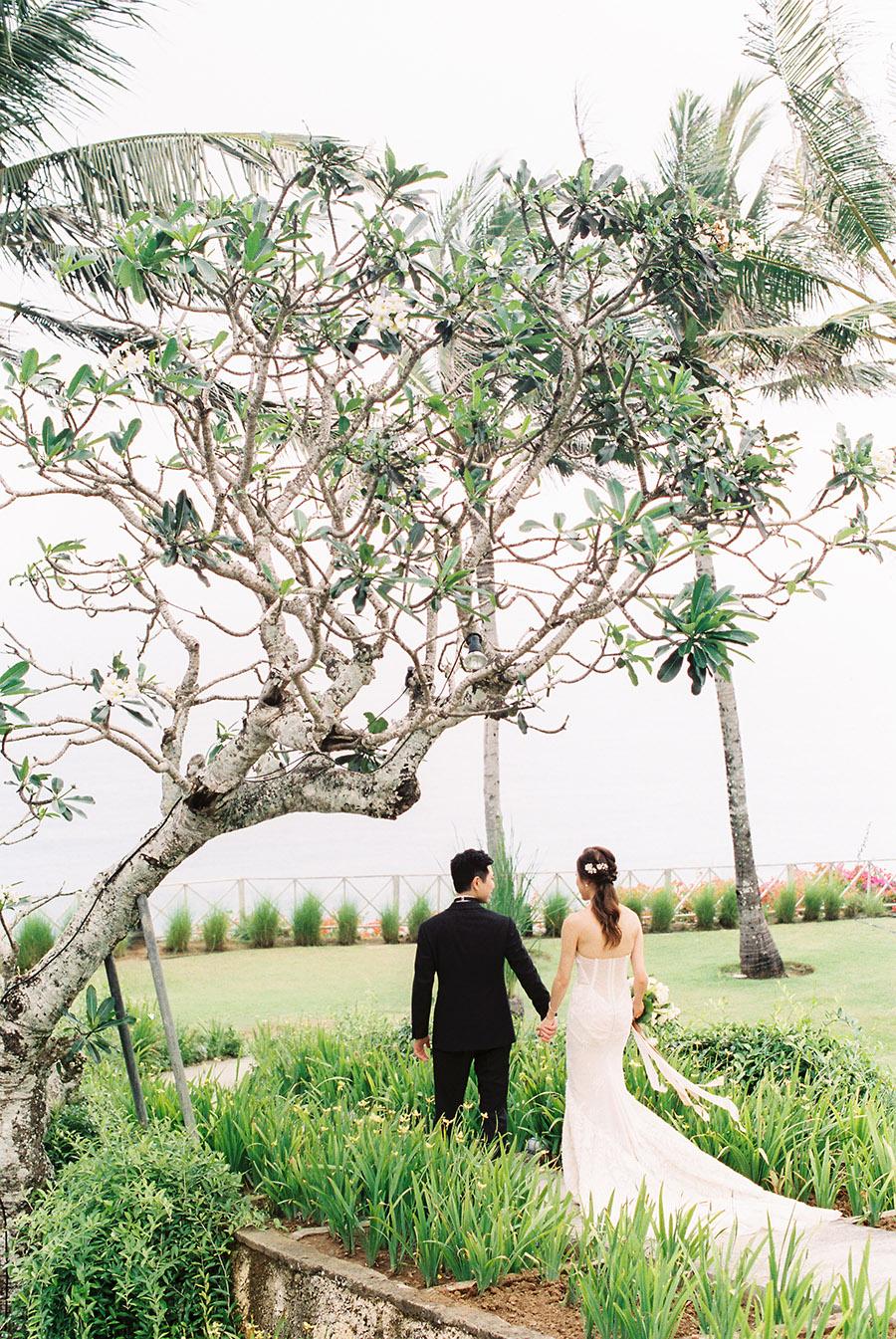 SALLY PINERA_ANITA AIDEN_BALI WEDDING_FILM-287.jpg