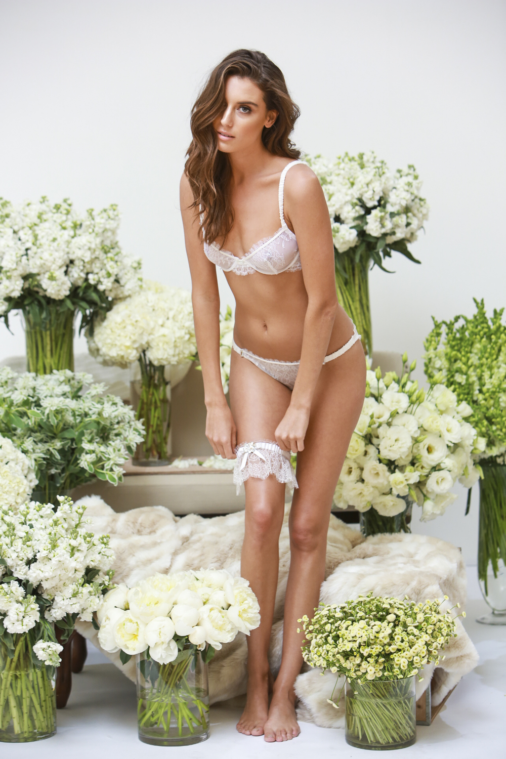 adornlesdessousluxuriousweddinglingerie