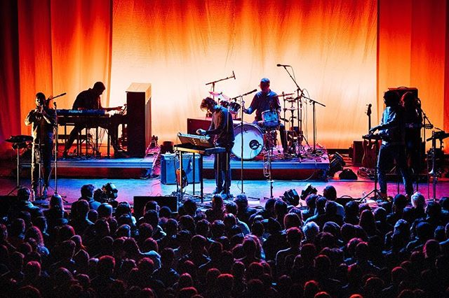 """Beirut kicking off their tour behind """"Gallipoli"""" with a sold out show at New York City's Brooklyn Steel. ﹏﹏﹏﹏﹏﹏﹏﹏﹏﹏﹏﹏﹏﹏﹏﹏﹏﹏﹏﹏﹏﹏﹏ 📸: Sony a7r III w/ 70-200mm f/2.8 & 1.4x Conv ﹋﹋﹋﹋﹋﹋﹋﹋﹋﹋﹋﹋﹋﹋﹋﹋﹋﹋﹋﹋﹋﹋﹋ #BeirutMusic #BeirutBand @BeirutBand #ZachCondon #Gallipoli @4AD #4AD @BrooklynSteel #Brooklyn #LiveMusic #NewYorkCity #NewYork #Concert #LiveMusicPhotos #EricTownsend @SonyProUSA #SonyProUSA @SonyAlpha #SonyAlpha #SonyA7rIII #SonyPhotography #Sony #SonyImages #BeAlpha"""