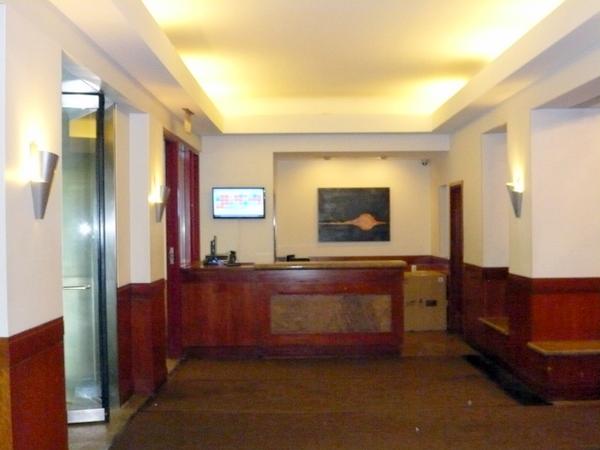 Hudson Tower (Lobby3).JPG