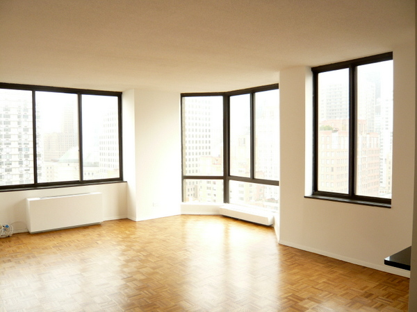 Liberty Terrace 22D (Living Room Unfurnished).JPG