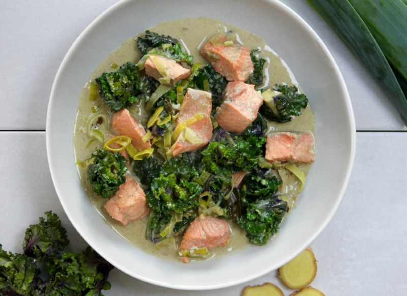 Kalette, salmon and coconut curry