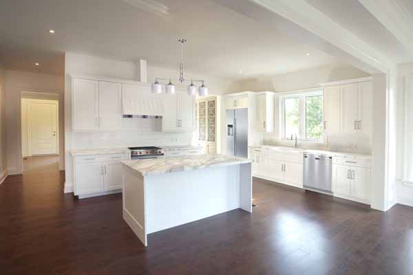 417L Kitchen1-4x6.jpg