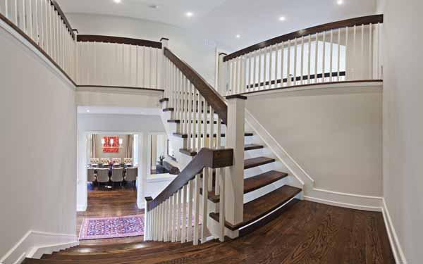 Stairs pan2.jpg