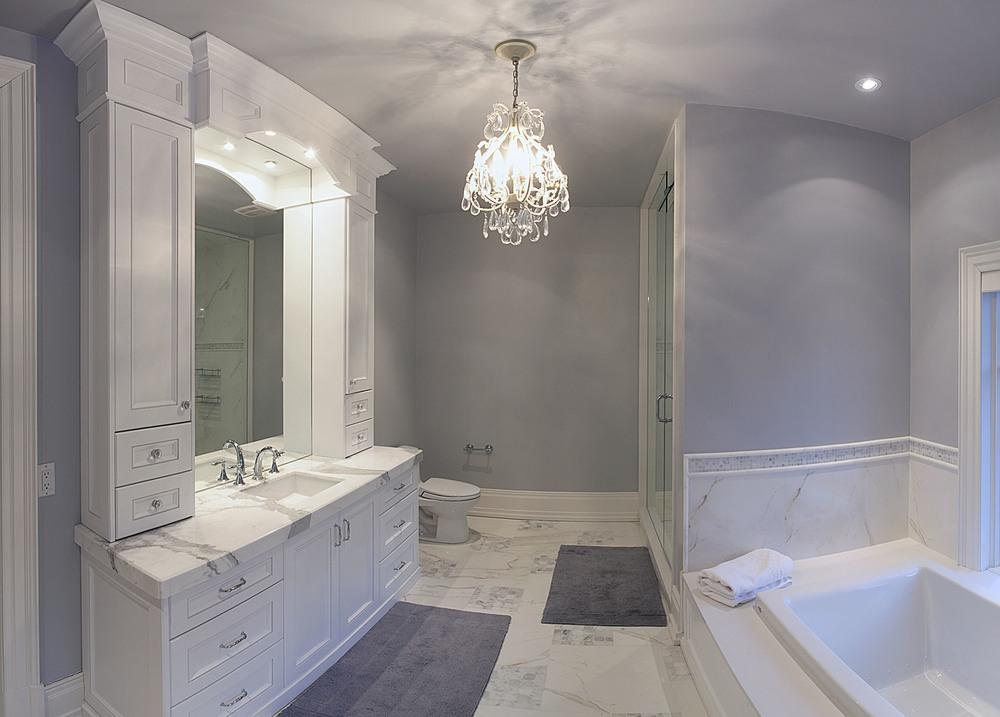Bdrm2 bath2.jpg