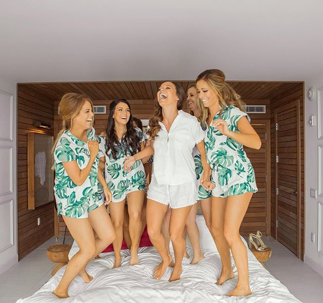 It's FRIDAY!! #fridaymood #squadgoals . . . . . . 📸 @chadmunro @picturethisweddings . . . . . #hairandmakeupbyjackiej #hairandmakeupartist #bridesmaids #bridalparty #willyoubemybridesmaid #gettingready #isaidyes #realwedding #happyday #palmprint #pj #kimpton #kimptonseafire #kimptonlove #weddingphotography #weddinginspo #weddinghair #weddingideas #instabride #instawedding #destinationwedding #texasbride #mua #hairstyles #hairinspoy