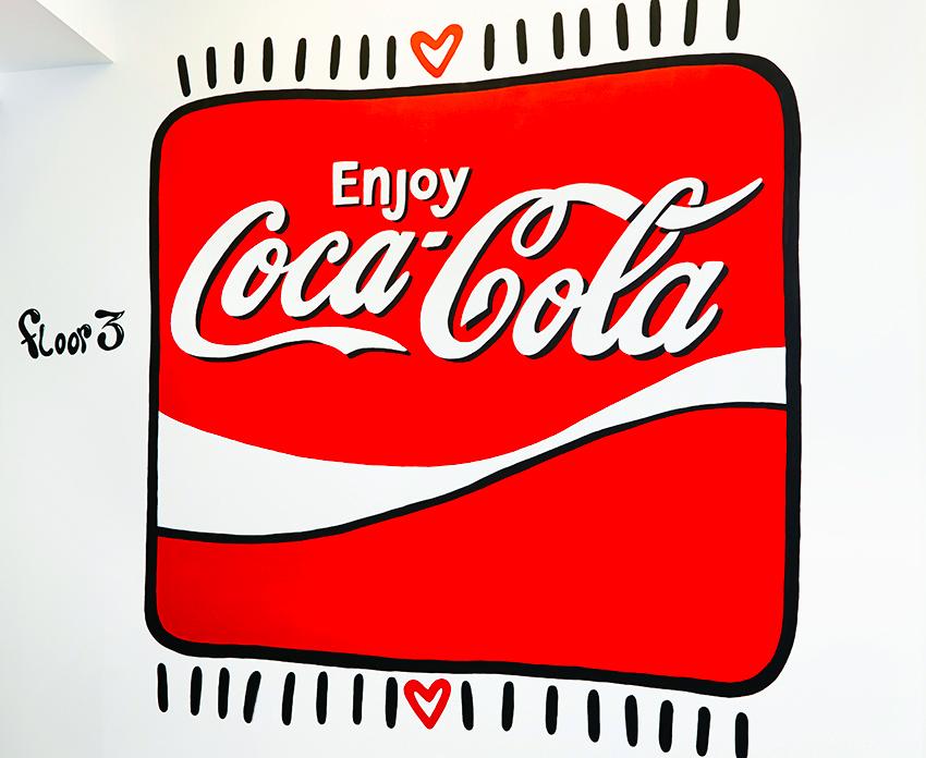 CocaColaHQ-LukeEmbden-Mural.jpg