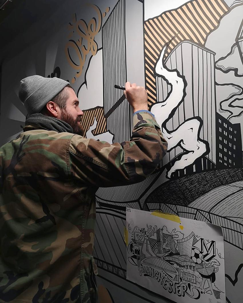LukeEmbden-Muralpainting.jpg