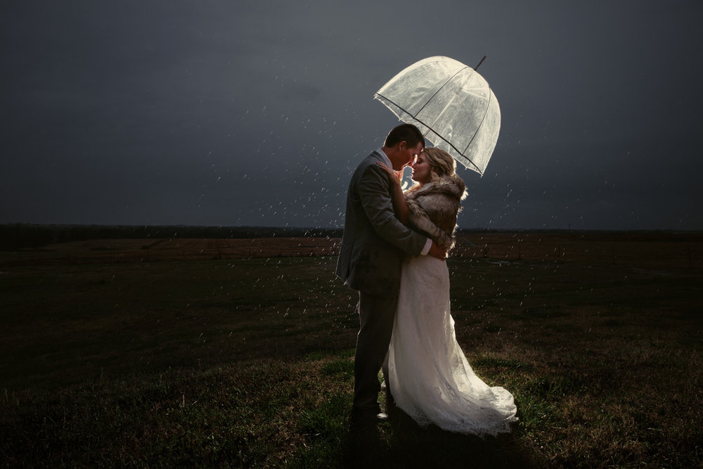 olathe-wedding-photographers.jpg