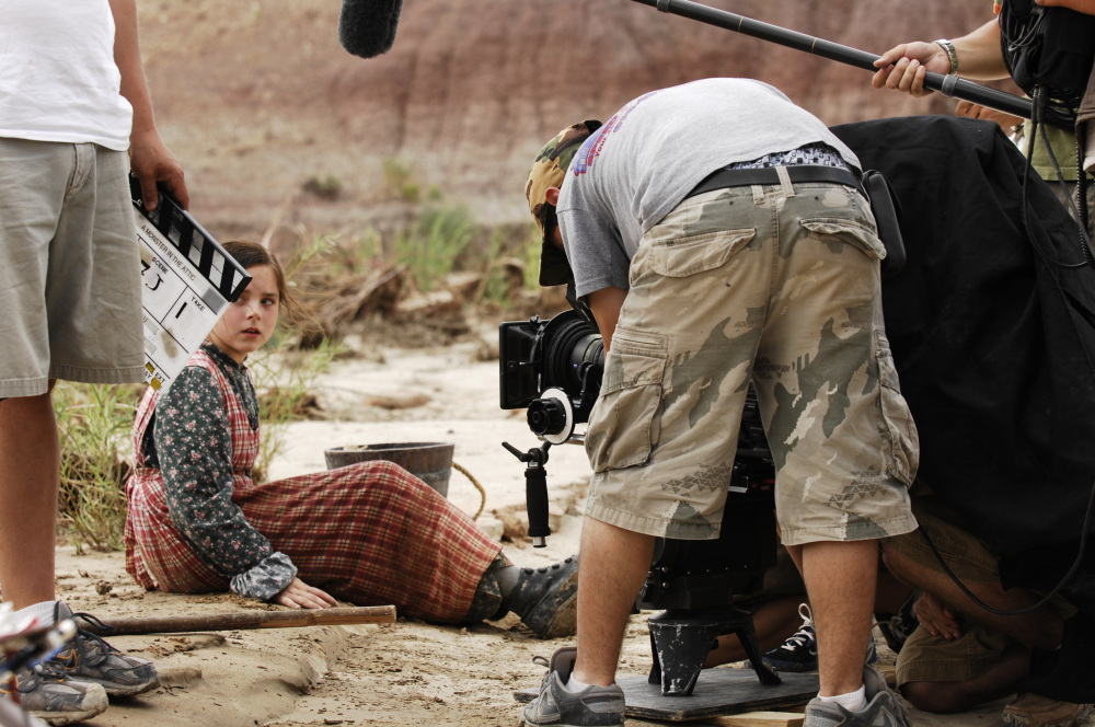 behind-the-scenes-171123.jpg