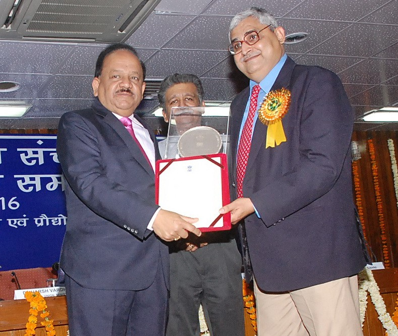 India's Ministry of Science Gives Science Correspondent National Journalism Award
