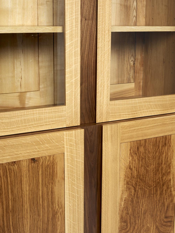 Display cabinet (2).jpg