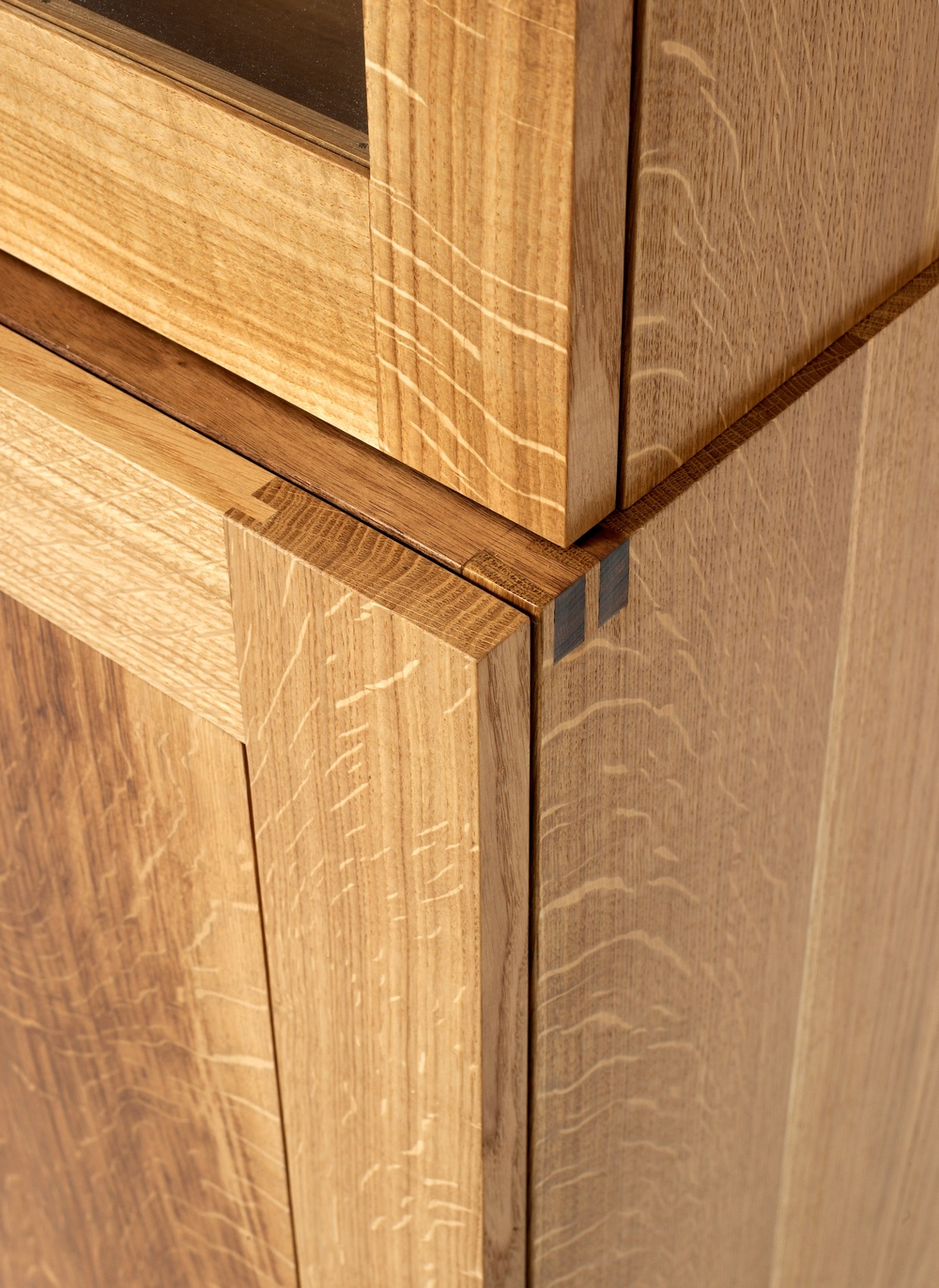 Display cabinet (5).jpg