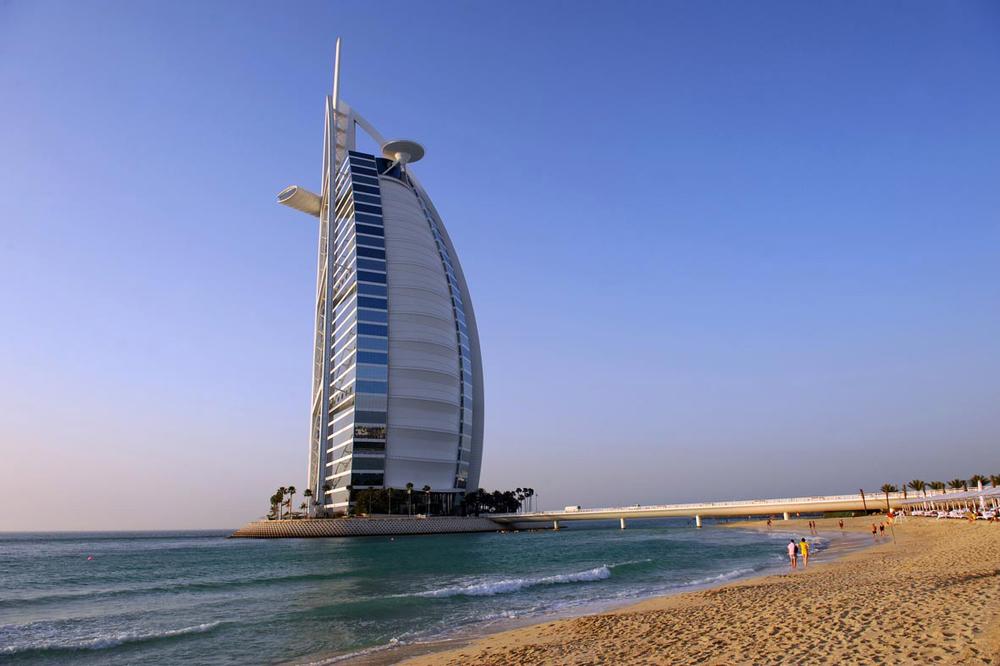 DUBAI LANDMARKS - Burj Al Arab copy.jpg