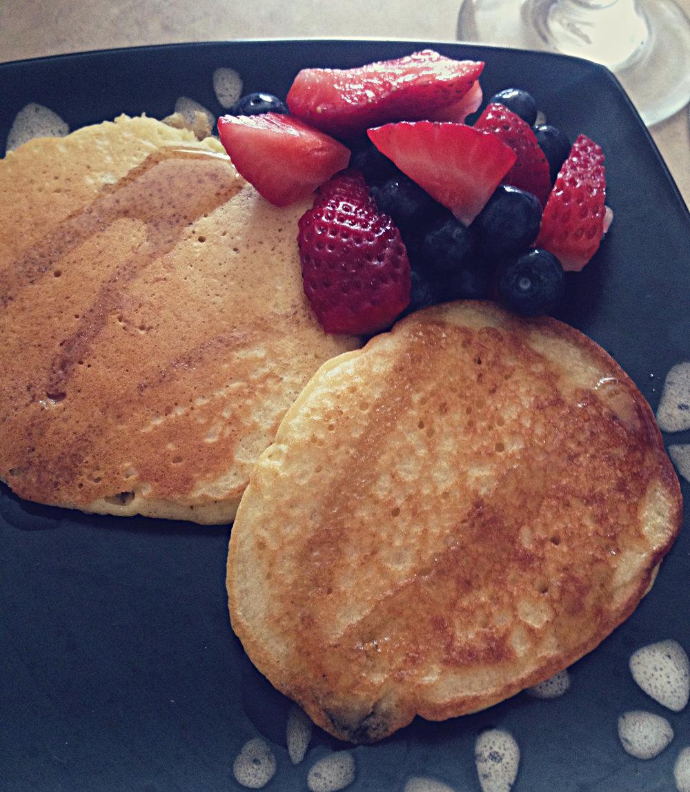 Pancakes & Berries