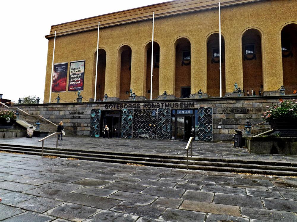 Gothenburg Museum | Tall Girl Meets World